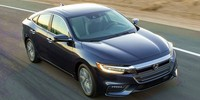 Гибридный седан Honda Insight